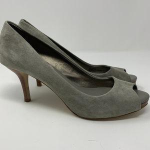 Banana Republic, Gray Suede Heels, Sz 7.5 (sdf243)